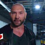 バティスタがリック・フレアー襲撃!レインズ、オーエンズ復帰!ベッキー逮捕!11分で知る今週のWWE!【WWE・2019年2月・4週目】