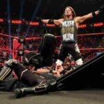 AJスタイルズがロリンズをテーブル葬!12分で知る今週のWWE!【WWE・2019年4月・5週目】