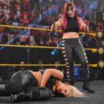 NXT女子王者・紫雷イオがトニー・ストームを襲撃、ムーンサルトプレスでノックアウト!【WWE・NXT・2020.12.9・PART1】